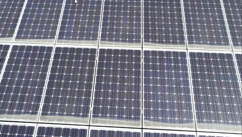 stark verschmutzte Solarmodule zeigen bei einem Kurzschluss im Thermogramm besonders hohe Temperaturen an den verchmutzten Solarzellen.